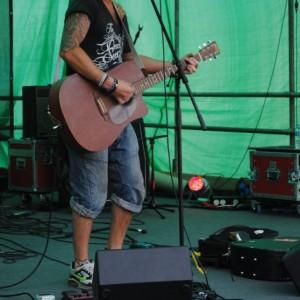 BALSTOCK 2012 - Owen Stephen on The High Street