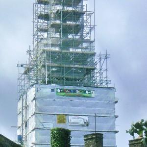 BALSTOCK 2010 - Balstock Banner on the Church scaffold